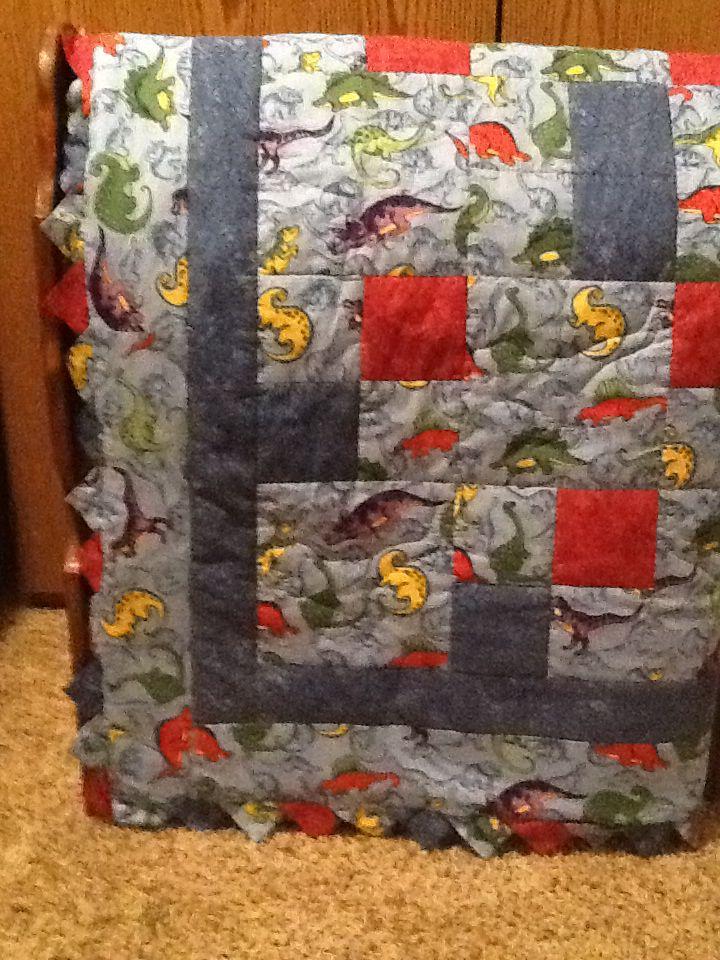 Dinosaur baby boy quilt