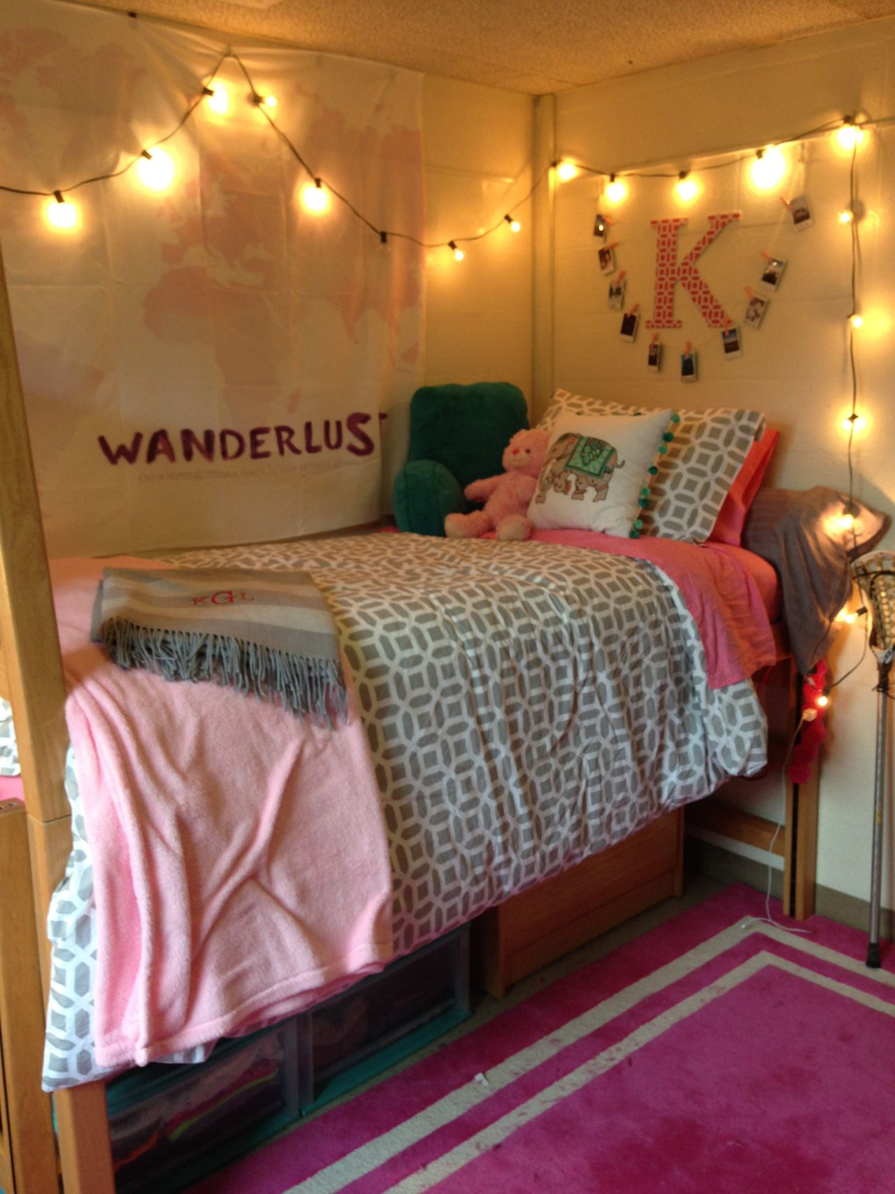 Student Dorm Room: A Place For College Students To Get Decoration Inspiration