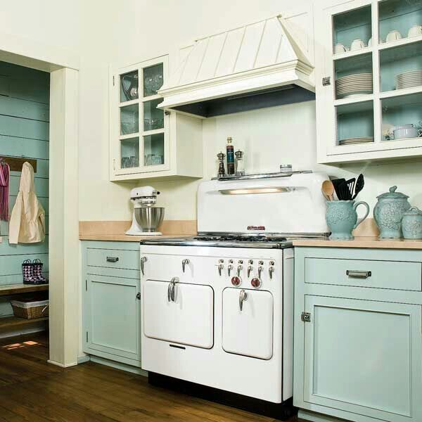 Vintage Style Kitchen Repainting Kitchen Cabinets Cottage