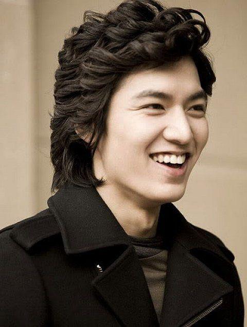 Several Korean Hairstyles For Men Korean Hairstyles For Men With Wavy Hair Hipsterwall Hipsterwall Com Uncategorized Inspiration