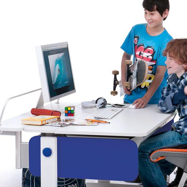 Kinderschreibtisch Champion Von Moll Mitwachsend Und Hohenverstellbar Kids Furniture Design Kids Furniture Furniture Design