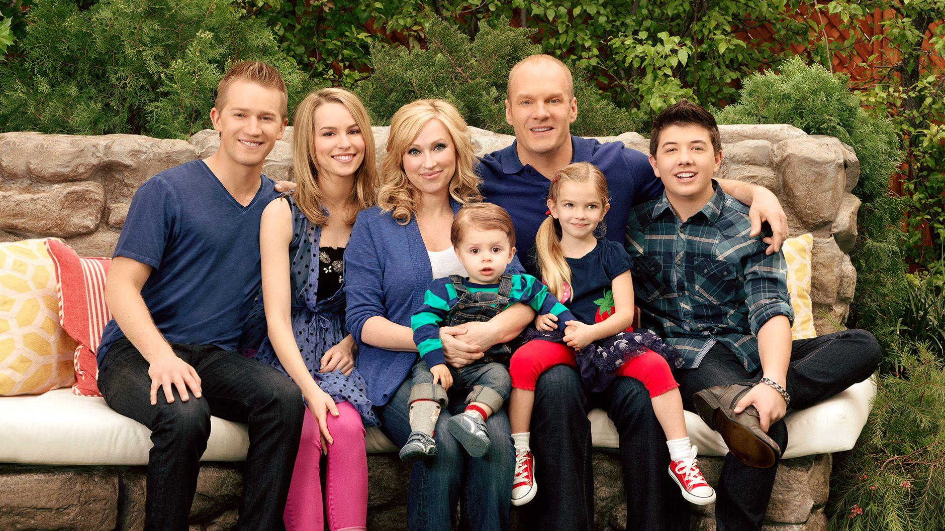 Not Perfect Family Maldita Sorte Boa Sorte Charlie Disney Channel