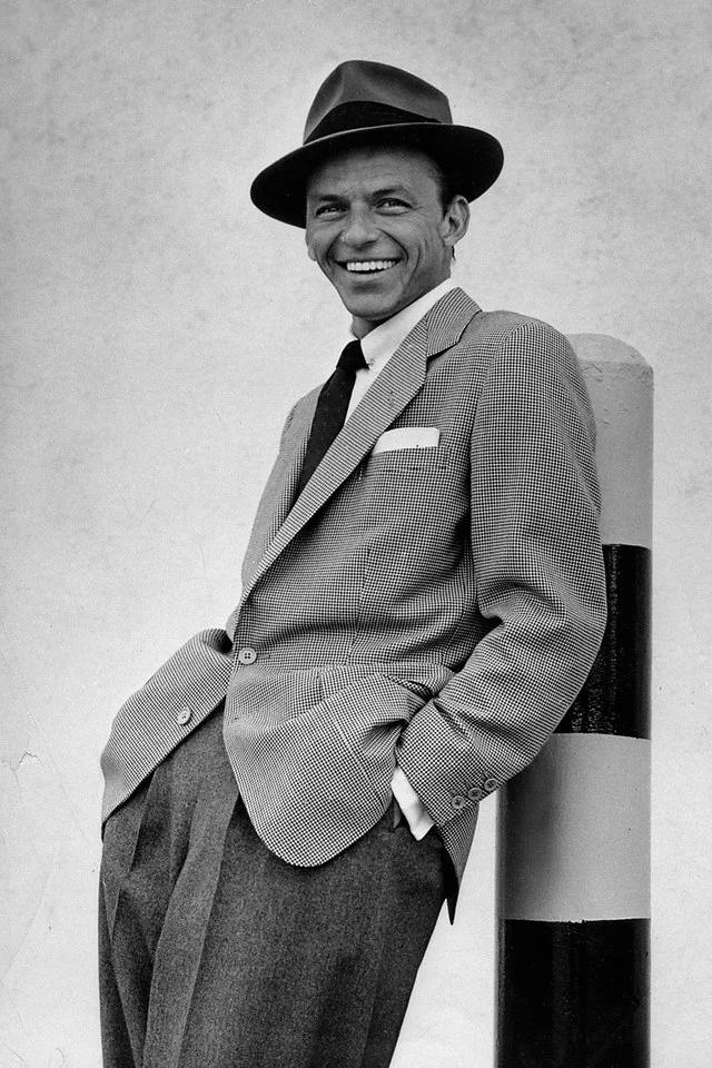 Eight Times Frank Sinatra Mastered Proper Masculine Elegance Frank Sinatra Poster Sinatra Frank Sinatra