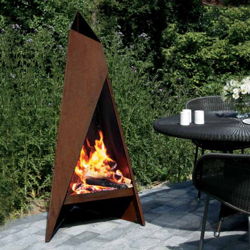 Heta tipi garden steel chimenea corten steel fireplace for Decoration jardin metal