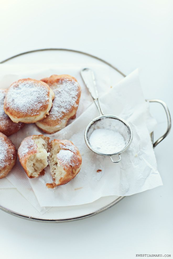 Apple Pancakes - Pampuchy | Kwestia Smaku (Site is in Polish, will need to translate).