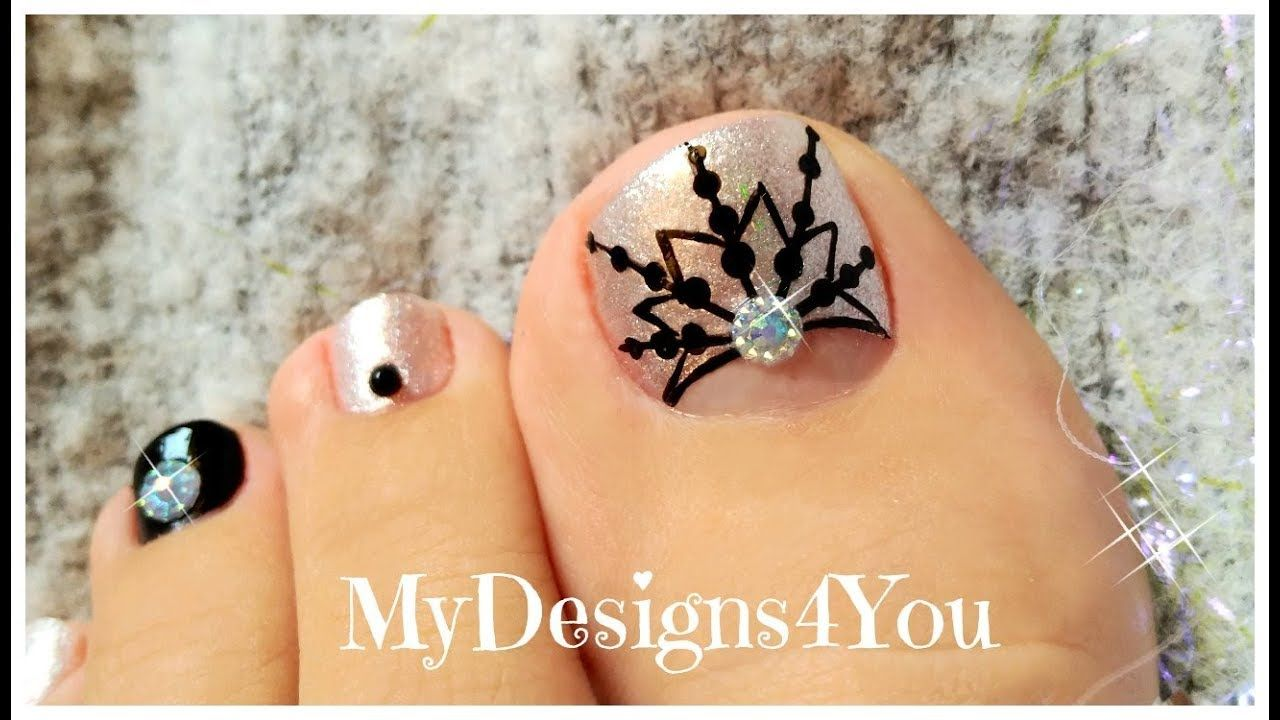 Winter Toe Nail Art | New Year\'s Snowflake Pedicure ♥ | Nails ...
