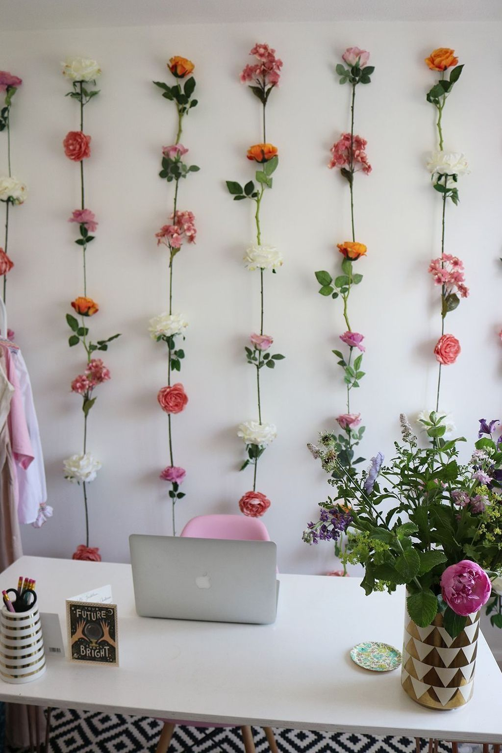 20 Outstanding Diy Flower Wall Decoration Ideas For You To Try Diy Flower Wall Flower Wall Decor Fake Flowers Decor