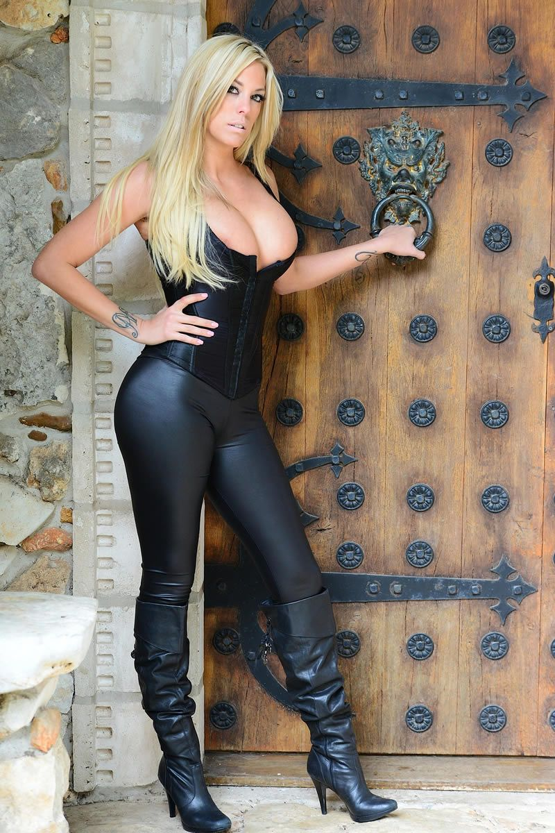 Hot Blonde In Leather