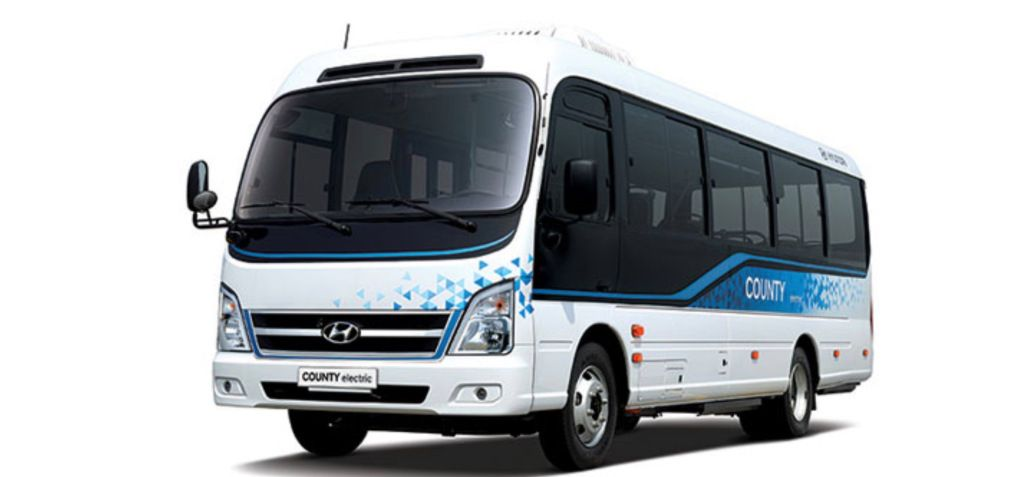 Hyundai Launches First Electric Minibus With 128kwh Battery Pack In 2020 Hyundai Motor Hyundai Super Cars