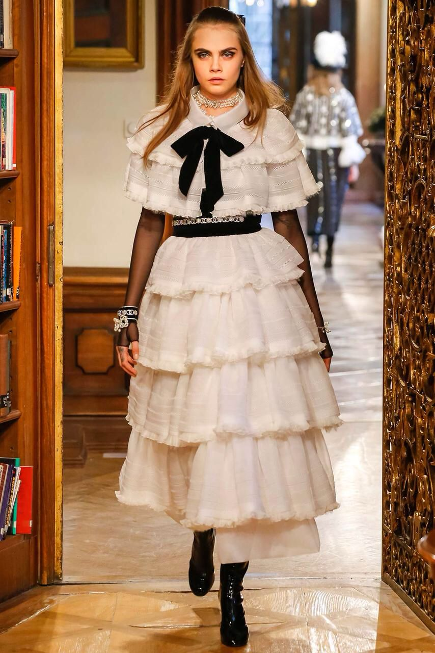 Chanel, Look #85