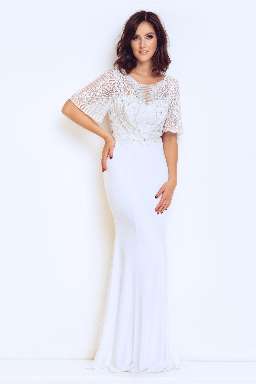 831cc90840ee Balklänning, festklänning, tärnklänning, enkel brudklänning från Dynasty  London. Balklänningar i spets,