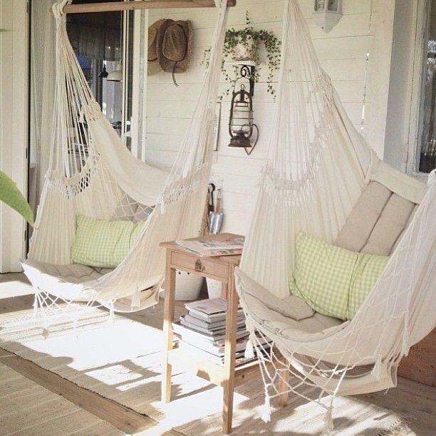 Decora tu casa con sillas colgantes Visítanos en wwwbrasilchic