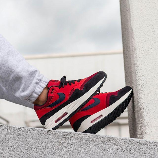 Nike Air Max 1 (Red Crush Midnight Navy University Red