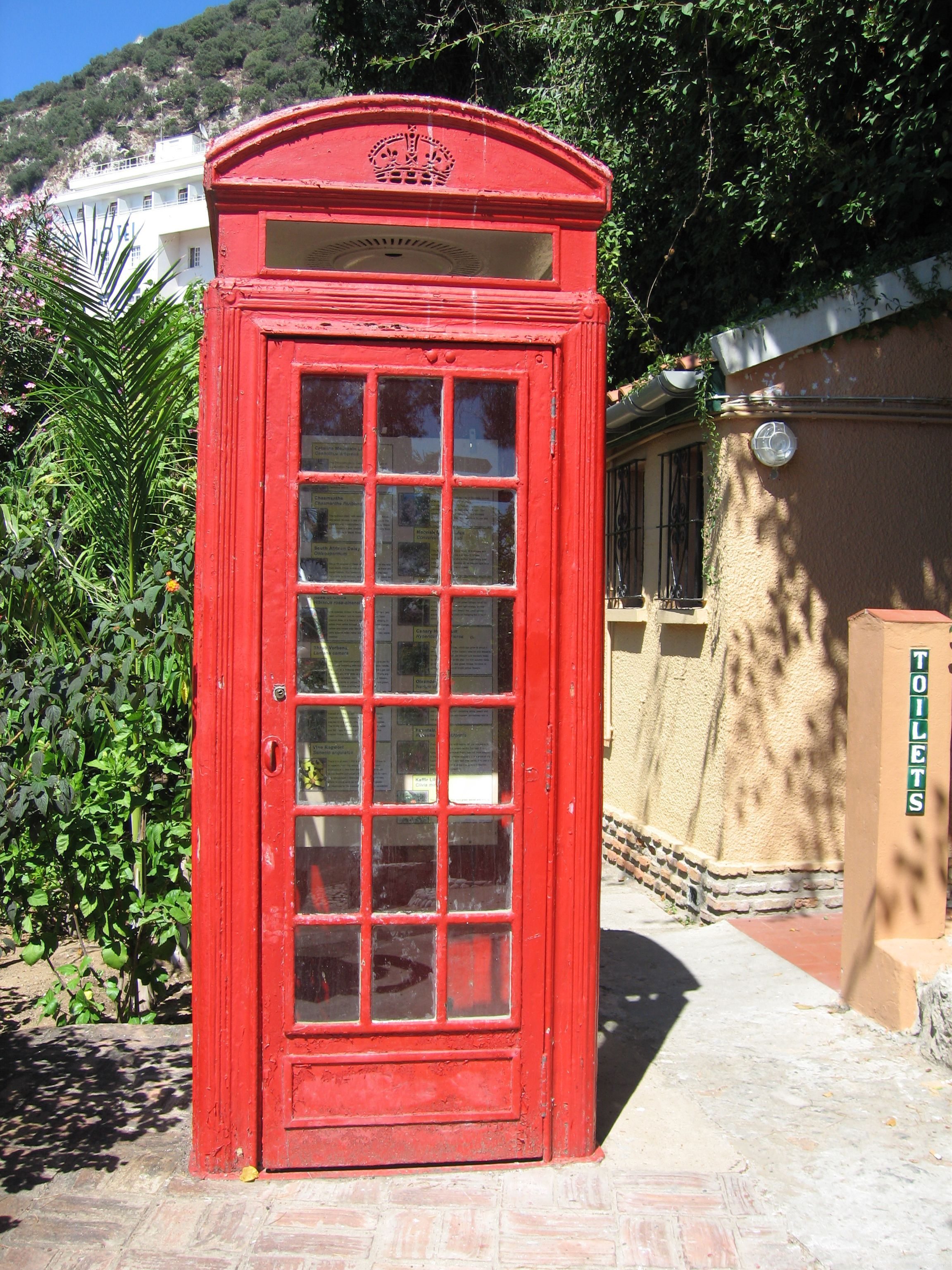 Here We Go Lux'ry Loo (With images) Red telephone box