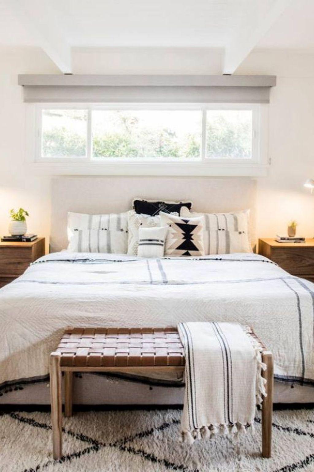 42 Modern White Farmhouse Bedroom Ideas Farmhouse Bedroom Decor