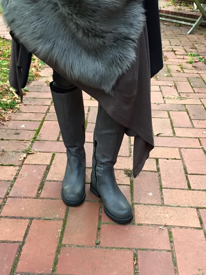Peta schwarze kurze Stiefel