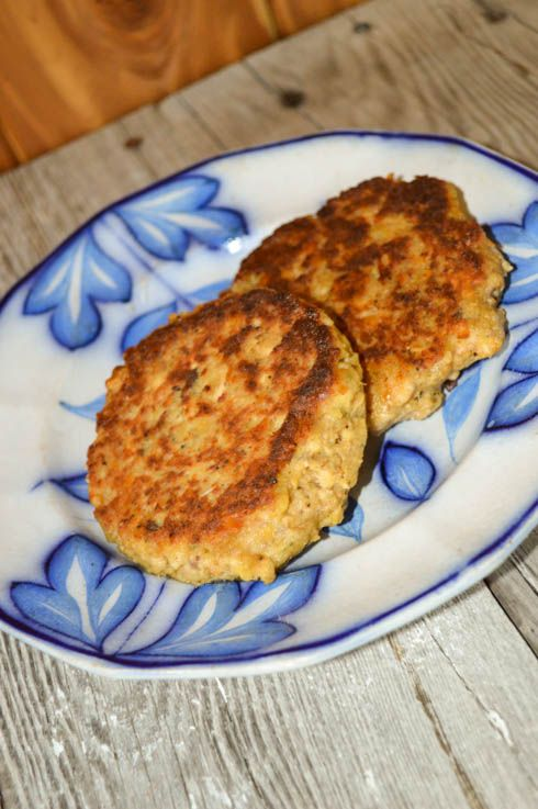 These Classic Salmon Patties are kid-approved and an easy weeknight entree for busy families who need to get dinner on the table quickly.