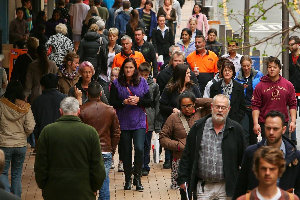 NZ population grows by 443,000 in 5 years, driven by high