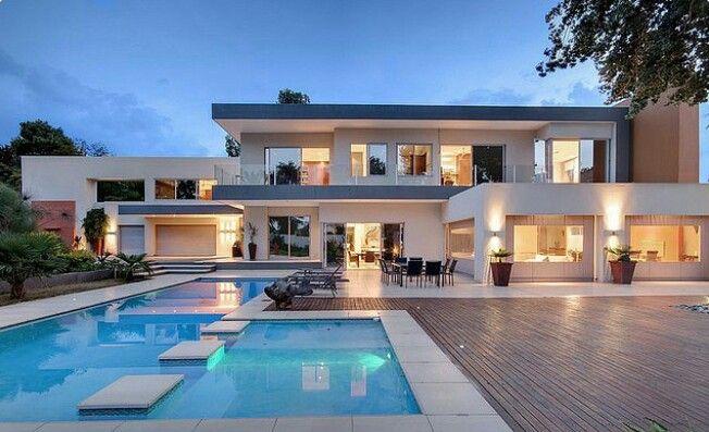 Epingle Par Poppee Sur Dream Home Maison Architecte Moderne Maisons Modernes De Luxe Maison D Architecture