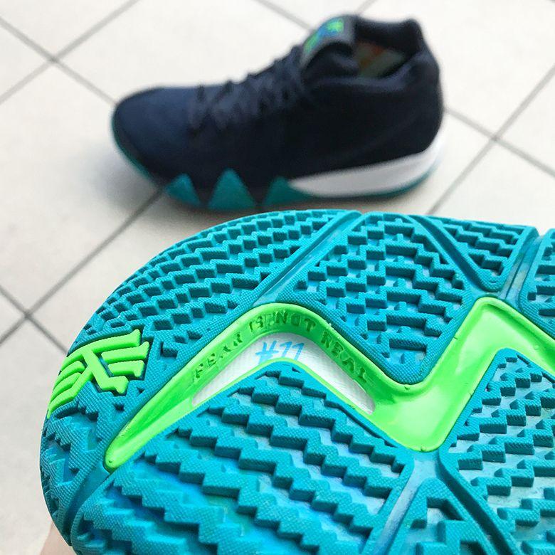 5cd5502a334f Nike Kyrie 4