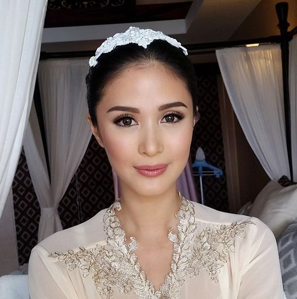 Check Out Heart Evangelista S Wedding Gown Bridal Makeup Wedding Makeup Bride Bridal Makeup Natural