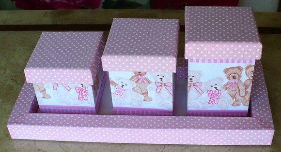 Kit de higiene para bebês contendo 3 potes (tamanho p, m, g) e 1 bandeja e todos em mdf revestido com tecido 100% algodão e e.v.a. www.nikiatelier.elo7.com.br
