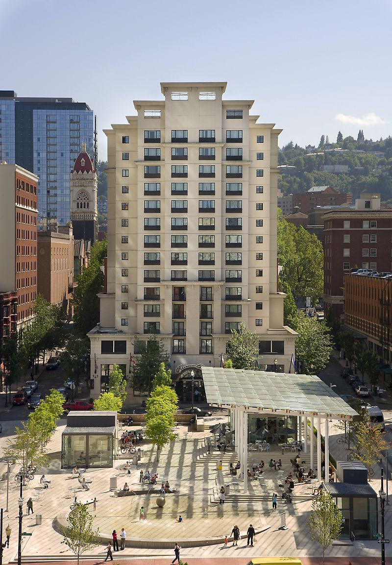 The Paramount Hotel Portland Oregon Positioned In Heart Of Downtown This Is 3 Blocks From Art Museum