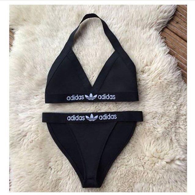 Meine neuesten handgemachte überarbeitete Adidas Style Fashion Bikini oder  Dessous Set. Dies besteht aus einem weichen aber dicke Scuba Stoff.