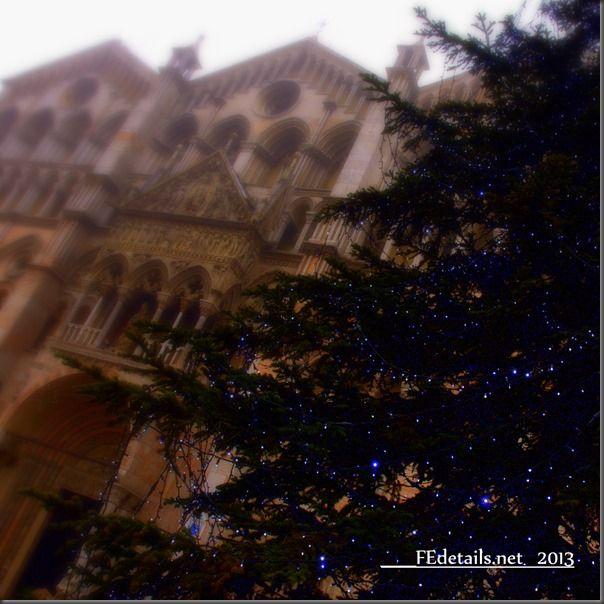 Duomo di Ferrara a Natale - Ferrara Cathedral at Christmas, Italy