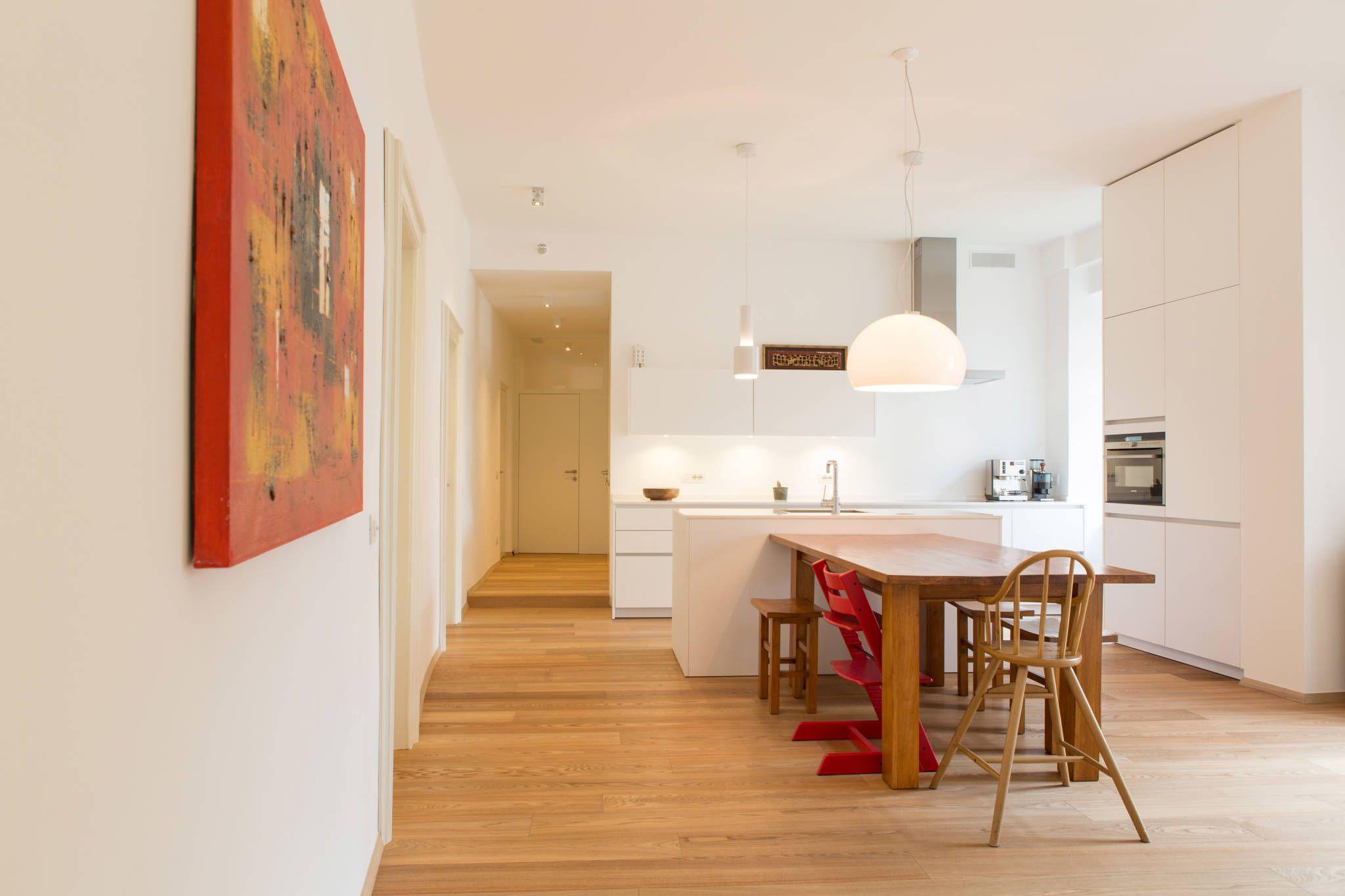 Beautiful House HO Sala da pranzo moderna di Manuel Benedikter Architekt