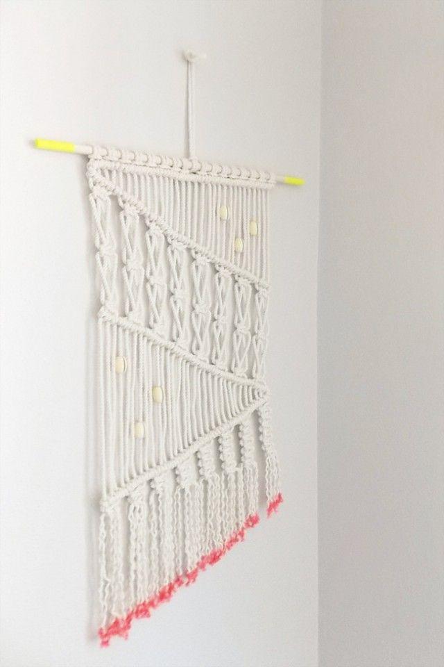 diy macrame wall hanging tableau de bracelets pinterest macram macrame diy et tuto macram. Black Bedroom Furniture Sets. Home Design Ideas