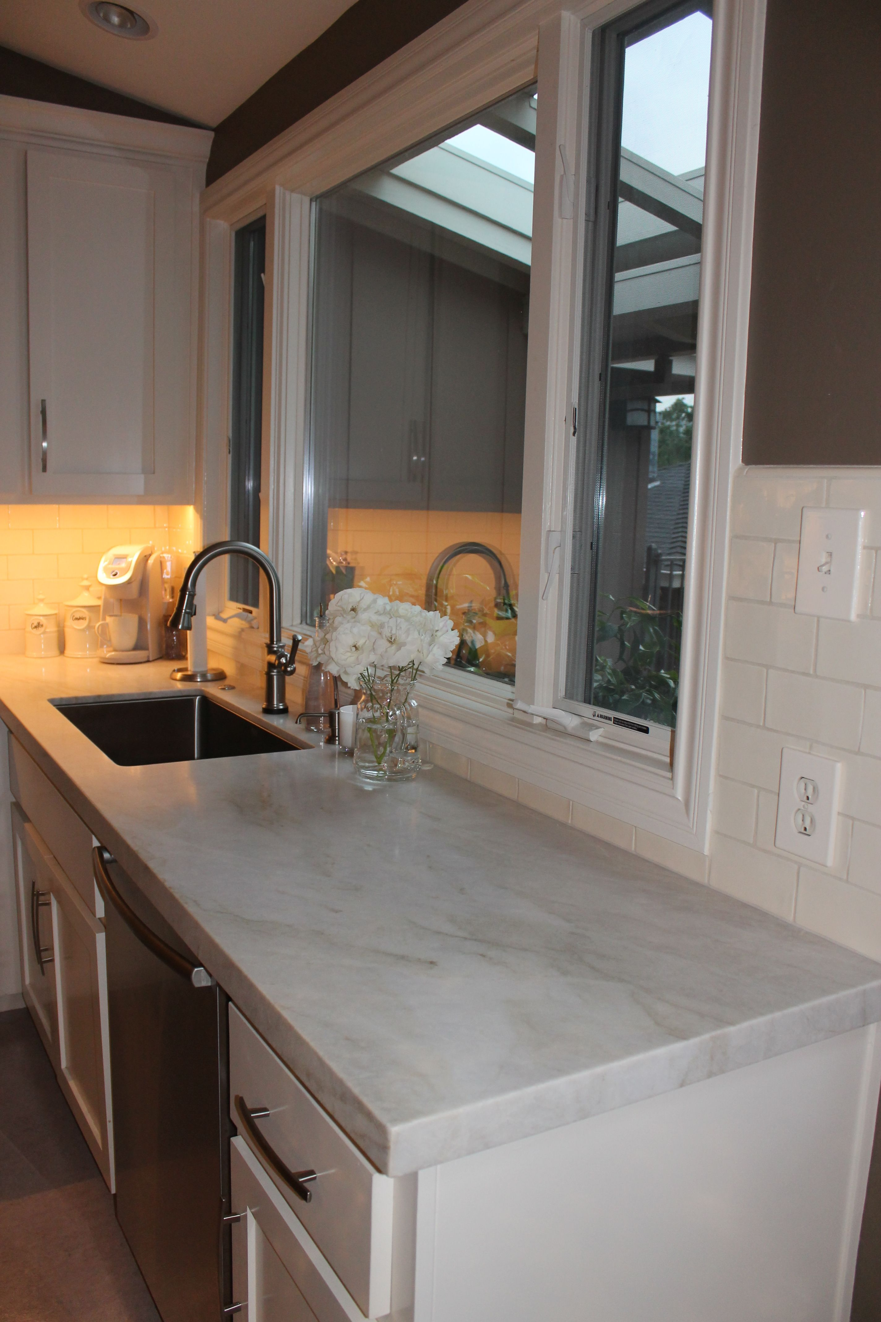 Honed Quartz Countertops Walker Zanger Honed Perla Venata Quartzite Counters 2