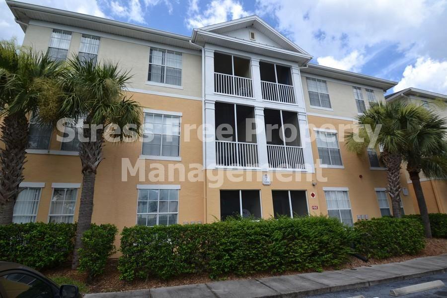 9404 Crescent Loop Cir. 7301 Tampa, FL 33619 1 bed / 1