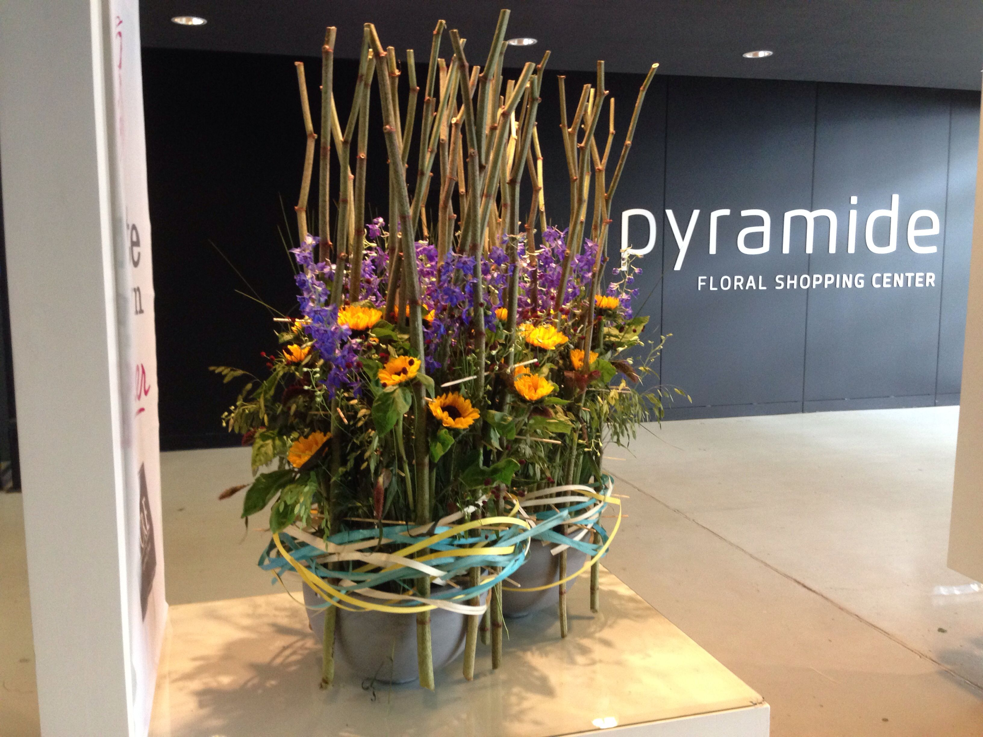 Flowerevent Summer Edition Pyramide Floral Shopping Center