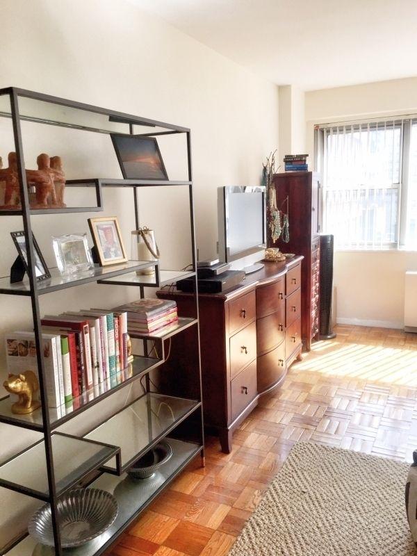 Bachelorette Apartment House, Home, Apartment Decor: Studio -- Bachelor -- Bachelorette Apartment