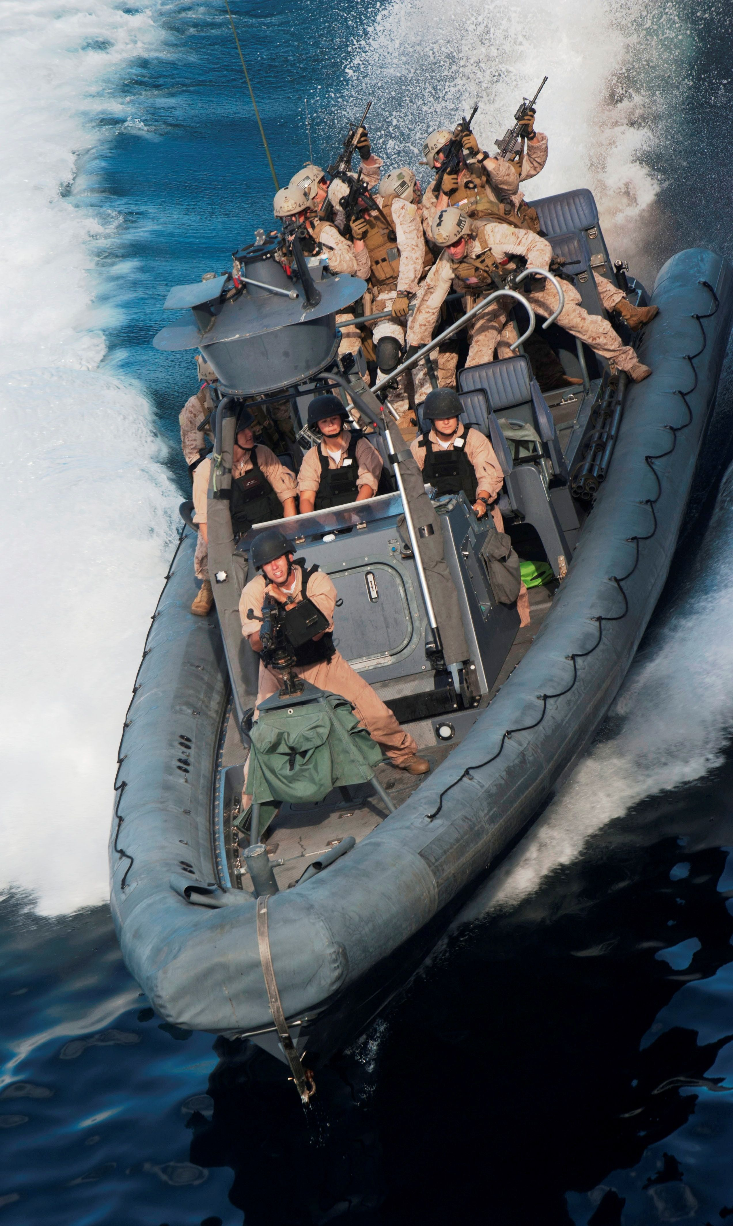 Zodiac boat USMC   BOATS   Military special forces, Us navy
