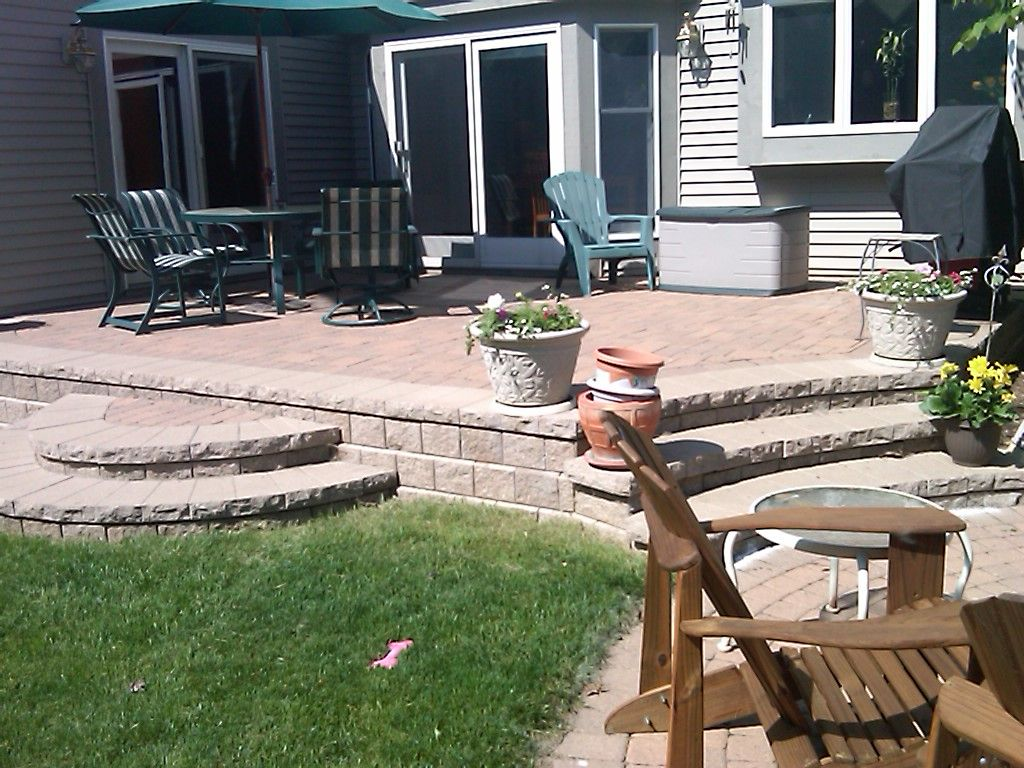 Backyard raised patio ideas - Like The Raised Patio Stone Backyard Pinterest Patios Stone And Raised Patio