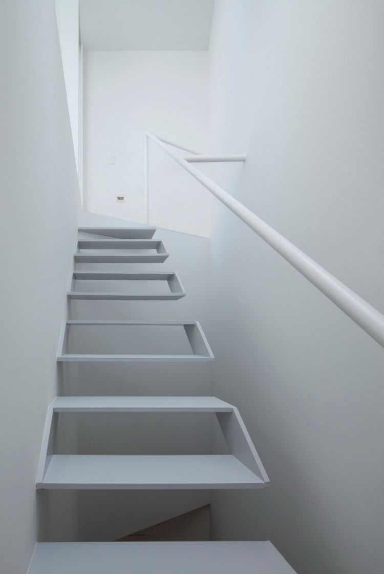 minimalistisches Design - hohle weiße Treppen | architektur ...
