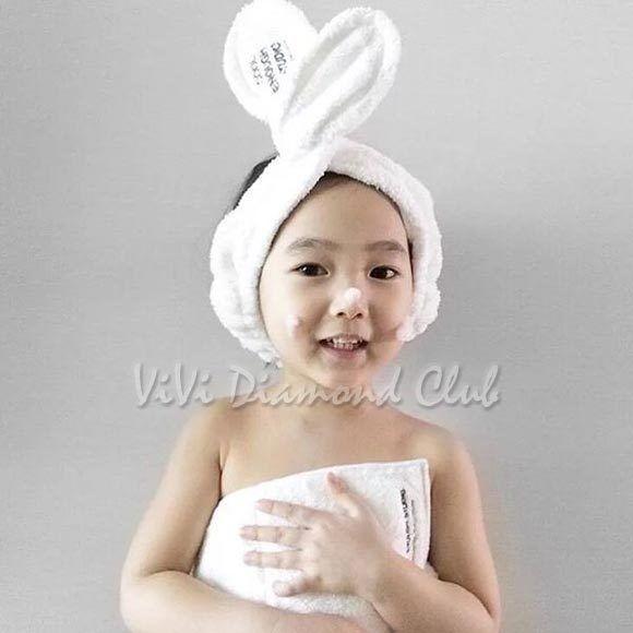 ce20e834f20 Korean Style Rabbit Ear Soft Towel Headband Hair Wrap for Bath Spa Makeup.  Model  Soft Towel Headband Hair Wrap. - Cute hair band preventing hair from  ...