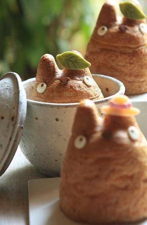 Totoro Cream Puff in a Bath|お風呂に入っているみたいなトトロ