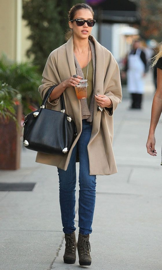 Jessica Alba Style And Fashion Inspirations Love The Whole Outfit Especially Boots My Style