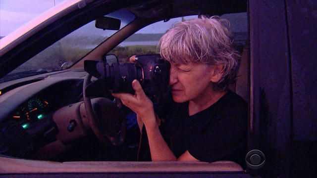 Former six-figure couple now delivering papers and photographs - Videos - CBS News