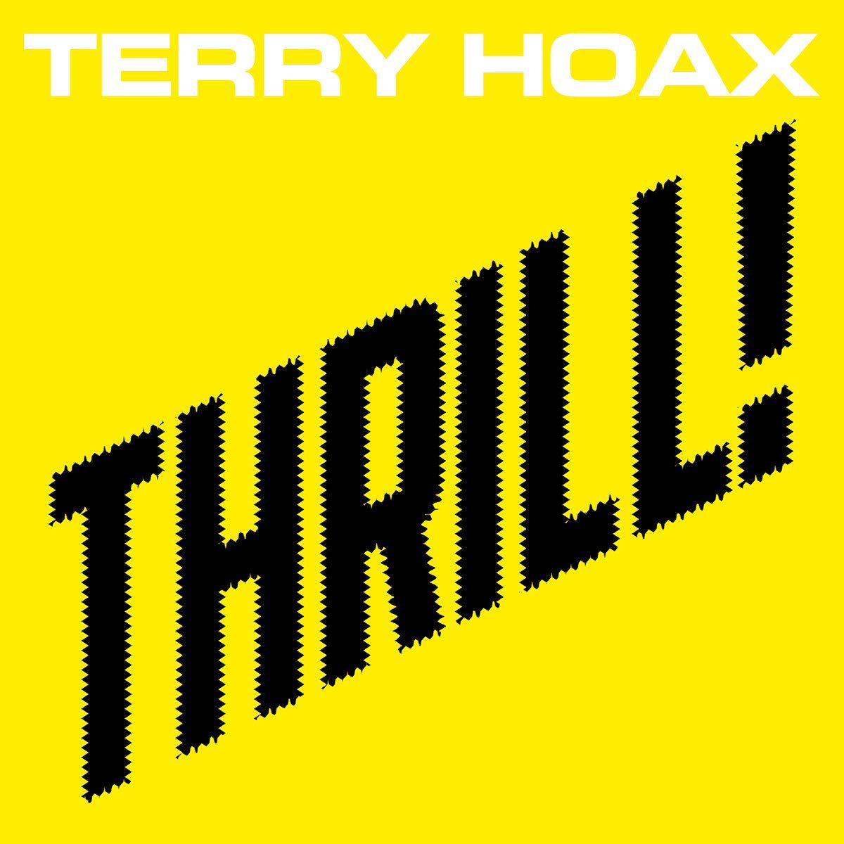 https://polyprisma.de/wp-content/uploads/2017/09/Terry-Hoax-Thrill.jpg Terry Hoax - Thrill https://polyprisma.de/review/terry-hoax-thrill/ Nach fünf Jahren mit frischem Schwung wieder voll dabei Terry Hoax wurde 1988 in Hannover gegründet. Nach einer langen Pause zwischen 1996 und 2008 machte die Band weiter und hat inzwischen sechs Alben veröffentlicht. Fünf Jahre nach Serious veröffentlicht die Band um Oliver Perau jetzt ihr...