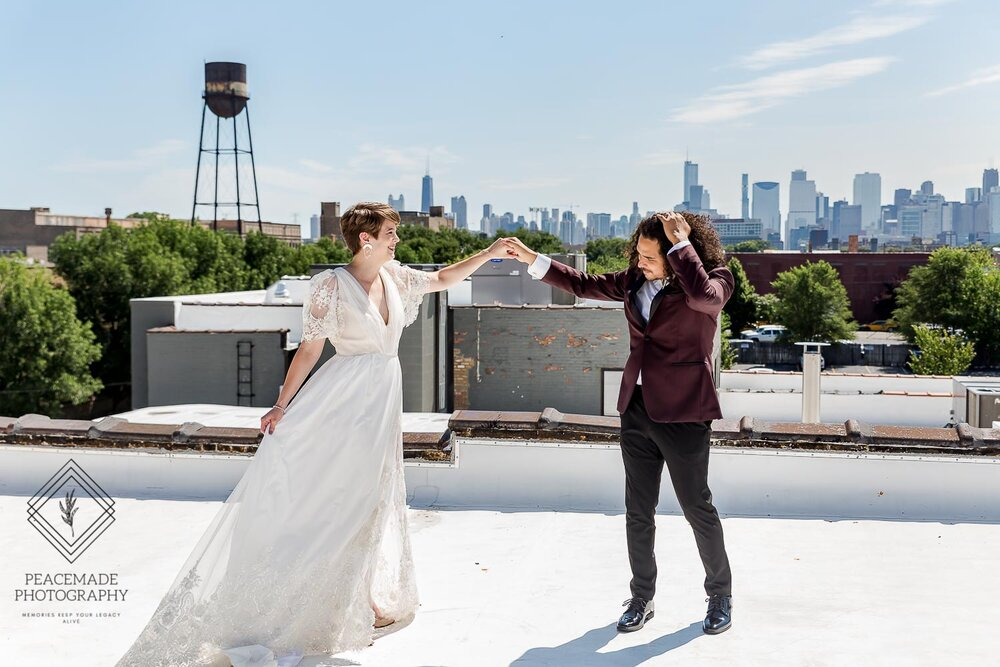 Bride Groom Rooftop Portraits Walden Chicago In 2020 Wedding Photographer Chicago Intimate Wedding Photographer Intimate Wedding