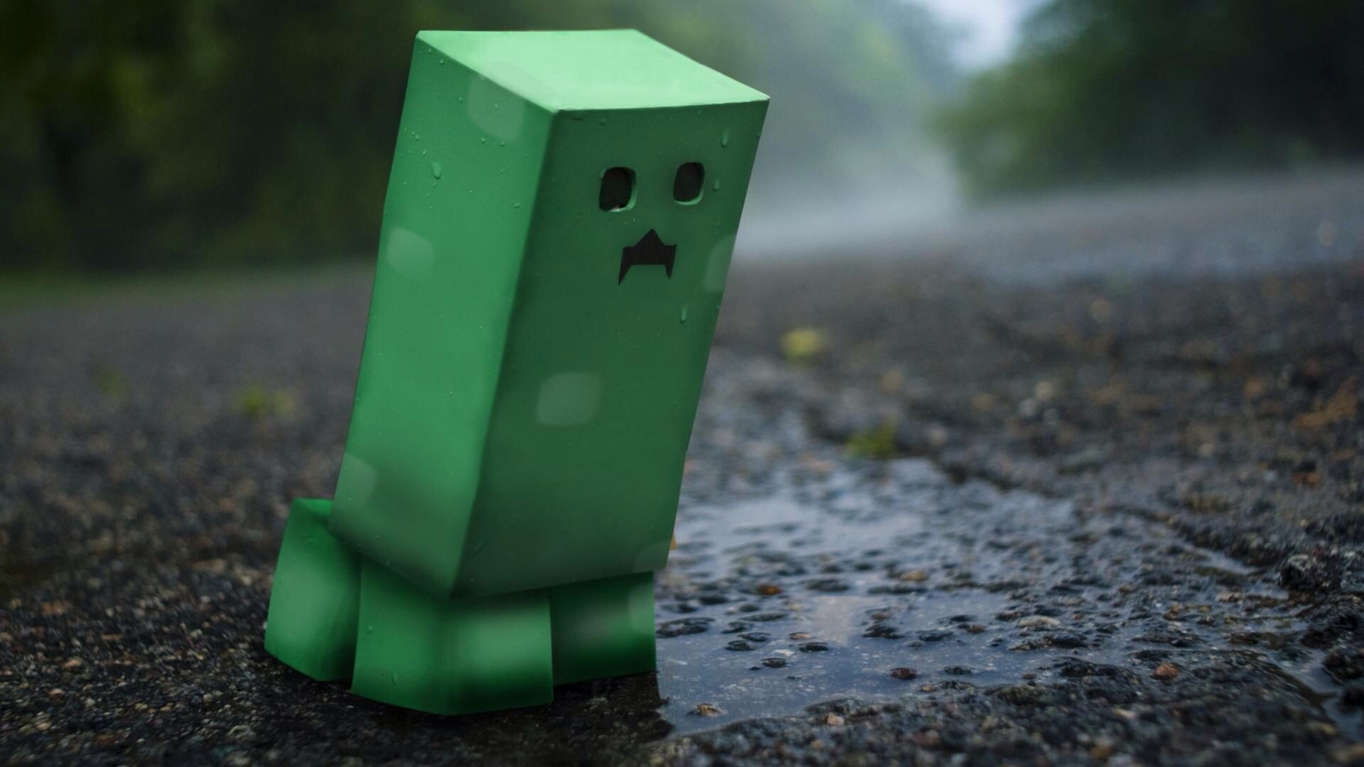 Why do I ALWAYS have to blow up😭 Minecraft wallpaper