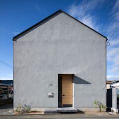 北面外観 ミニマルな 家 の 川添純一郎建築設計事務所 ミニマル 2020 ミニマリストの建築 家 外観 家 外観 グレー