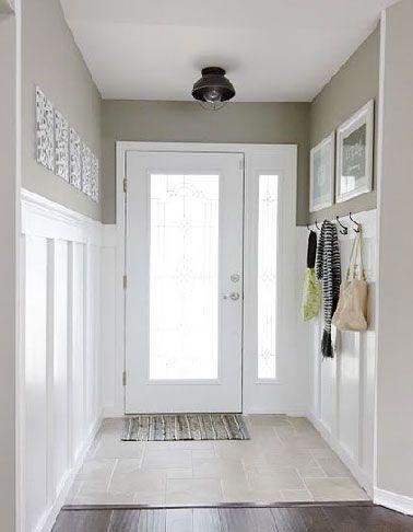 Déco entrée maison peinture blanche et lin