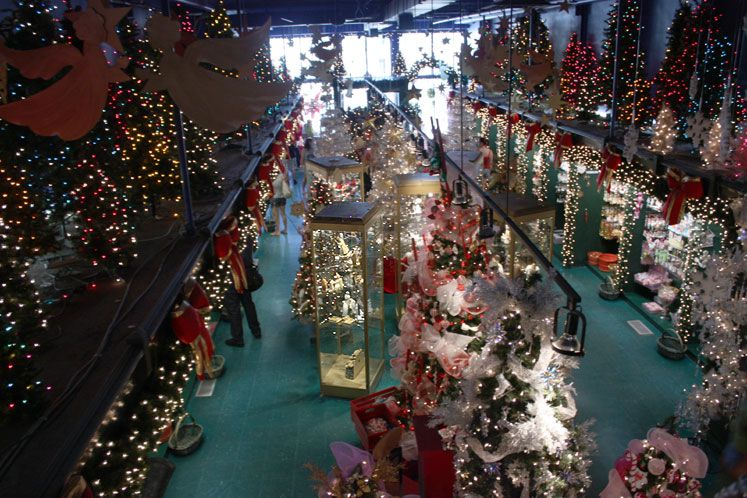 Christmas In Quebec City Trees Lights 2015 Quebec City Christmas Christmas Christmas Store