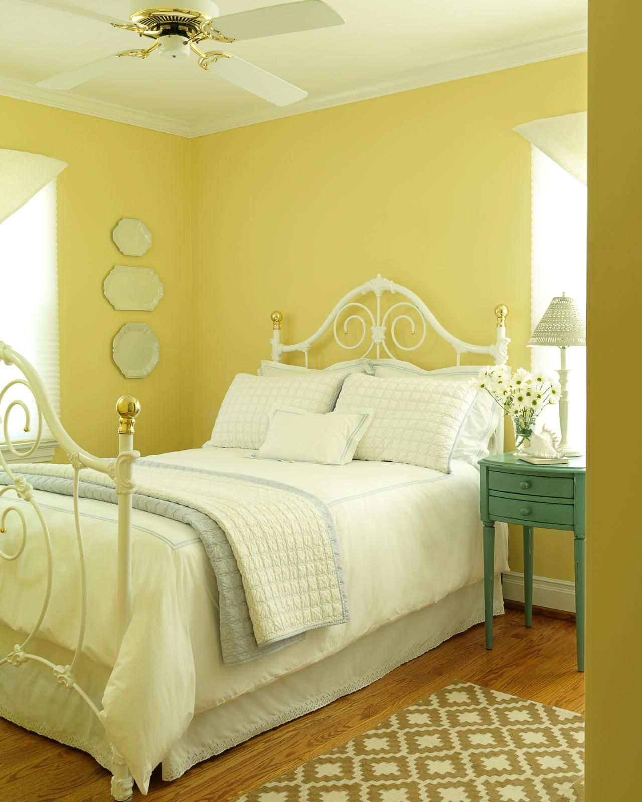 30 Beautiful Yellow Bedroom Design Ideas | Bedroom Design ...