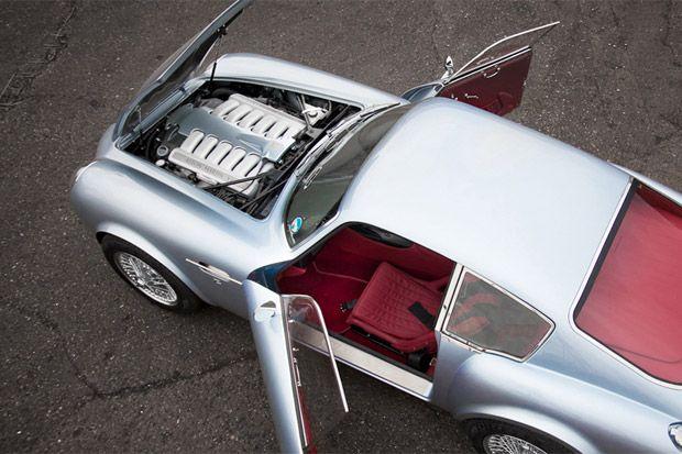 Aston Martin DB4 Zagato Carbon Fiber | Hypebeast